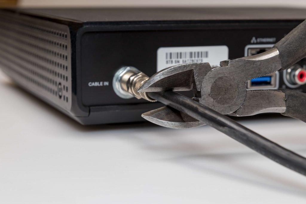résilier abonnement internet et fibre